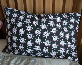 Cotton Pillowcase, glitter Skulls, child's Pillow case, Children's Bedding, 100% cotton