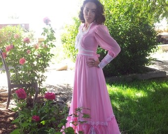 Romantic 1970s Dress