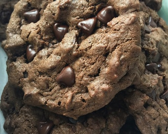 The Super Chocolatey Cookie Mix (with milk chocolate chips)