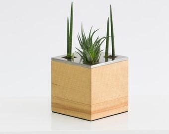 cubo - planter / vase
