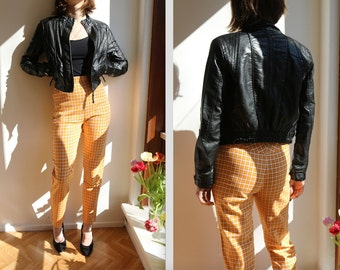 Vintage cotton skinny high waist trousers. Size 38.