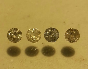 Lot of natural diamonds 3 mm