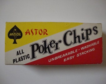 Vintage Astor Plastic Poker Chips 100 Pieces Red White Blue