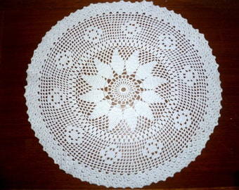 Cotton doily handles pearls