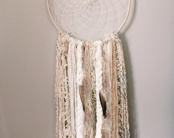 """The """"Susie"""" Daisy Collection Dreamcatcher"""