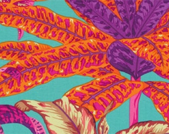 """Phillip Jacobs Kaffe Collective Fabrics """"Miami"""" Decorator Fabric in Magenta Cotton Sateen 54""""/55"""" BTY"""