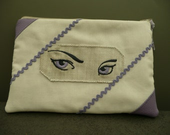 """pouch makeup """"the eyes"""""""