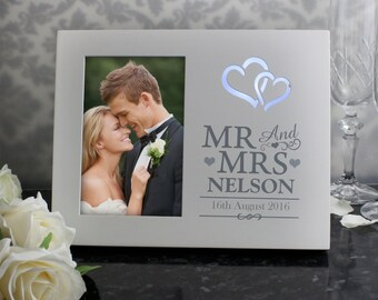 Personalised Hearts Mr & Mrs Light Up Wedding Photo Frame (Wedding picture frame, personalised wedding gift, wedding keepsake, anniversary)