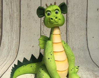 Large Dragon cake topper/ cake decorating tutorial. Step by Step model making guide. PDF download.