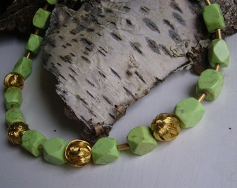 1 necklace - summer Jewelry Turquoise with Goldkneuel - unique