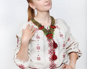 Guelder rose. Ukrainian necklace.