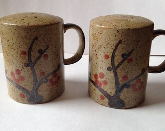 Otagiri Japan Stoneware Salt and Pepper Shakers with Tree