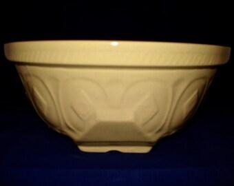 Traditional T.G. Green Mixing Bowl mixing bowl