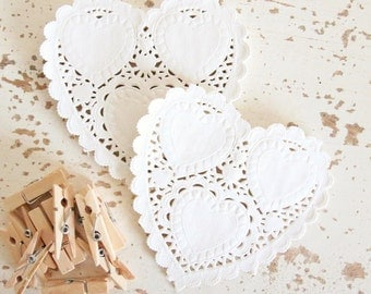 Ivory Heart Paper Doilies Pk20