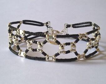 Bracelet manchette façon rétro en argent 925 et miyuki noir