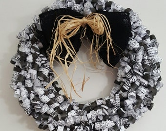 Black & white curly paper wreath