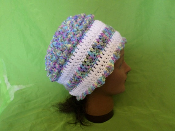 Free Crochet Pattern Multi Colored Hat : Womens Crocheted Yarn Multi Colored Hat