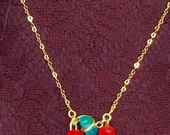 Green - red necklace