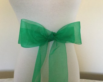 Emerald green organza  sash. 2.75 inch wide. green Nylon organza sash. Bridal sash. Simple sash. Bridesmaid sash
