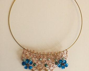 Handmade Bib Mesh Necklace