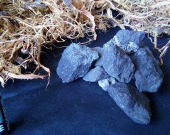 Magnetite Piece 3-5cm