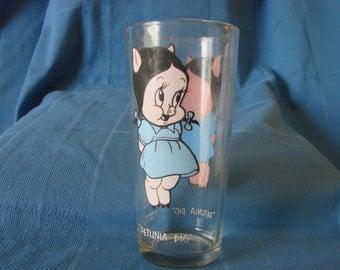 Petunia Pig Character Glass