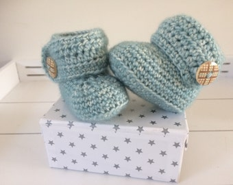 Handmade crochet baby shoes-babybooties
