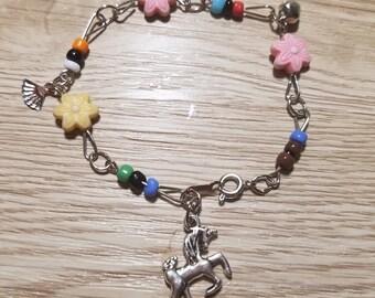 10 Multicolor Bracelets Party Favors. Unicorn and Fairies