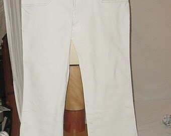 Express white jeans size 10 womens 32 waist 3 BUTTON FRONT