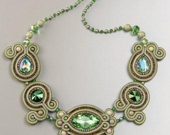 Necklace Esmeralda