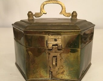 Little vintage Indian brass jewellery box hexagonal shabby, boho decoration