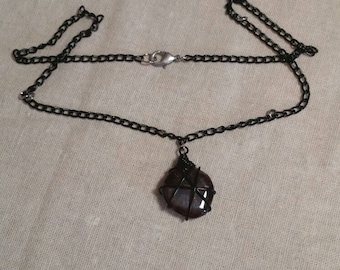 Necklace with Garnet.