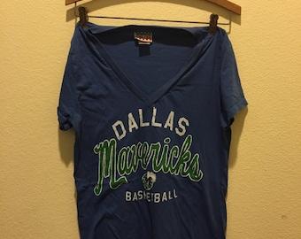 Vintage Dallas Mavericks V-neck