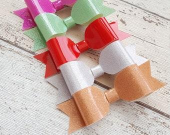 High gloss glitter bows