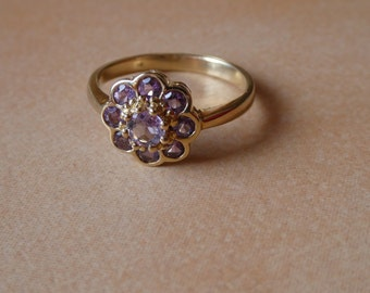 Amethyst Flower Ring - 9ct - 375- Amethyst - multi-stone ring - flower