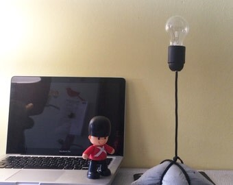 """Настольная лампа """"Flying L"""""""