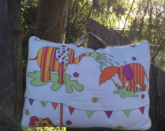 Colorful Elephants Quillow