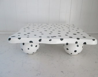 White with Black Spots Raised Tray