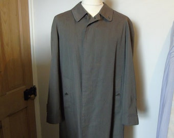 Vintage Burberry Prorsum Men's Olive Green Raincoat Mac, Size L