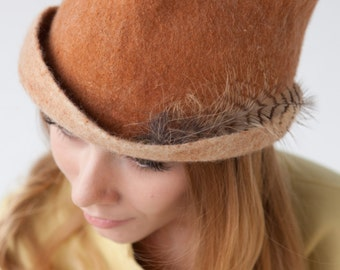 """Hat of felt """"big plans for today"""""""