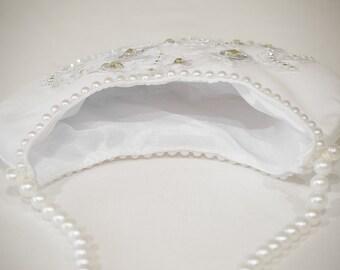 Brides Wedding Purse, White Hand Bag, wedding clutch, bridal bag, satin white clutch, brides clutch, brides white bag, white satin bag