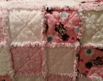 Minnie Mouse baby rag quilt