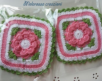 Square kitchen pot holder pink flower crochet cotton made central. Accessory kitchen, decorating, gift idea.
