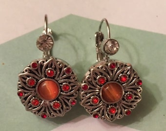 Pair of Interchangeable Snap Earrings with Rhinestones and Two Pretty Orange Snaps