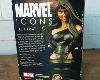 Marvel Icons Elektra collectible bust by Diamond Select Toys – limited edition of 600