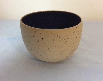 Small blue bowl LB2