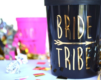 16 Oz 'BRIDE TRIBE' Plastic Stadium Cups Custom Bridal Party Favors Bachelorette Wedding Bridesmaid Gifts Maid of Honor Shower Mother of the
