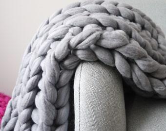 Grey chunky knit blanket - giant knit blanket - chunky knit throw - grey knit blanket - Chunky knit blanket - grey blanket - chunky knit