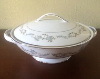 Noritake Leonore Round Vegetable Bowl