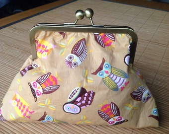 Two Hoots Clutch Bag